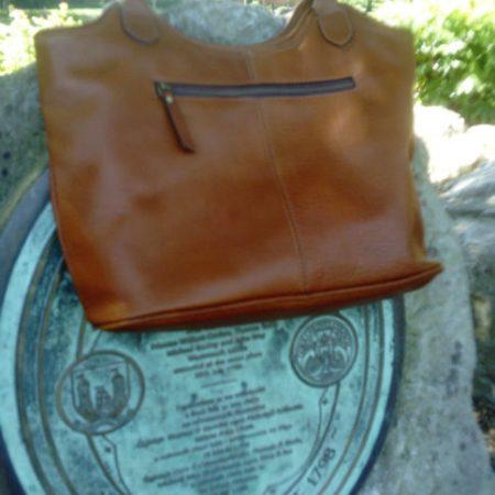 Ladies glamorous hand bag